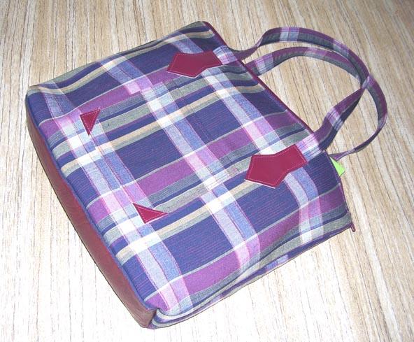 """Например, из клетчатого сарафана получится отличная сумка  """"Повседневная """"."""