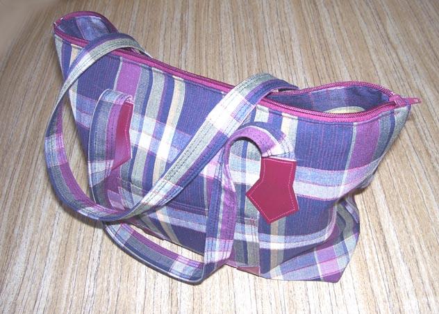 Выкройка сумки переноски.  Выкройка обычной футболки.