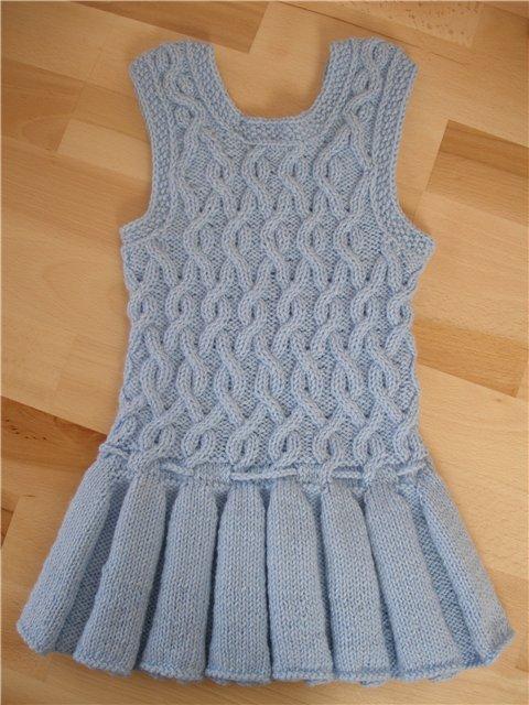 схемы вязания стильных маек спицами.