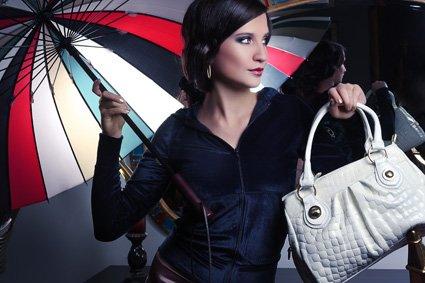 магазин клатчей, женских сумок.