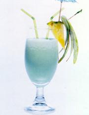 Алкогольные коктейли.  Приятного аппетита.  Ингредиенты: бакарди - 1...