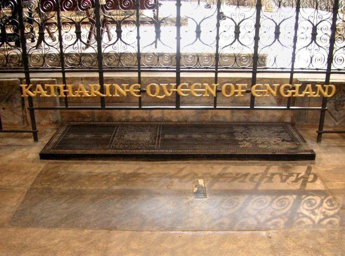 Где похоронена екатерина