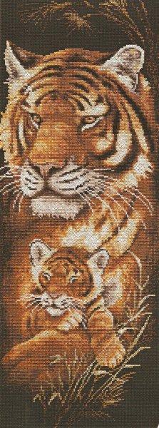 Милые рукодельницы, ищу схему вышивки крестиком картины тигра.  Очень нужна.Может у кого-нибудь есть. ищу схему.