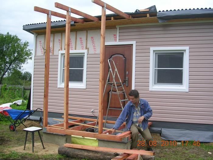 Как построить навес к дому из дерева своими руками фото