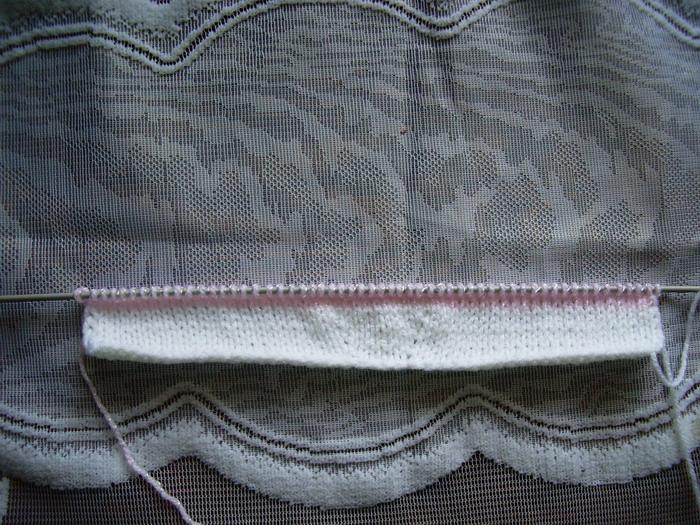 Анютины глазки с листиками крючком схемы.  Пинетки кеды спицами схемы вязания.  Это цитата сообщения.