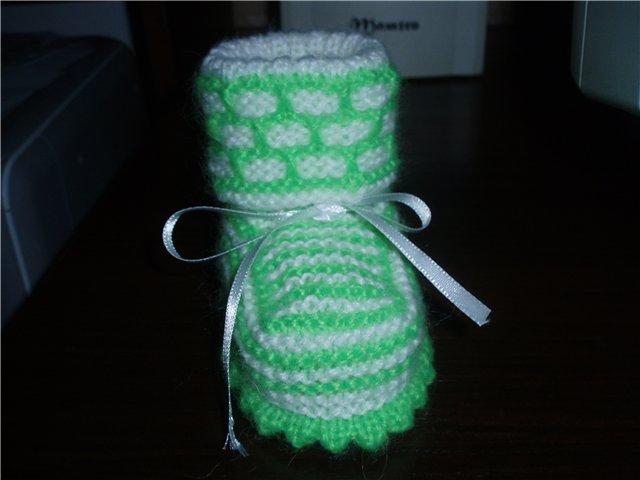 Вязание спицами осинка пинетки