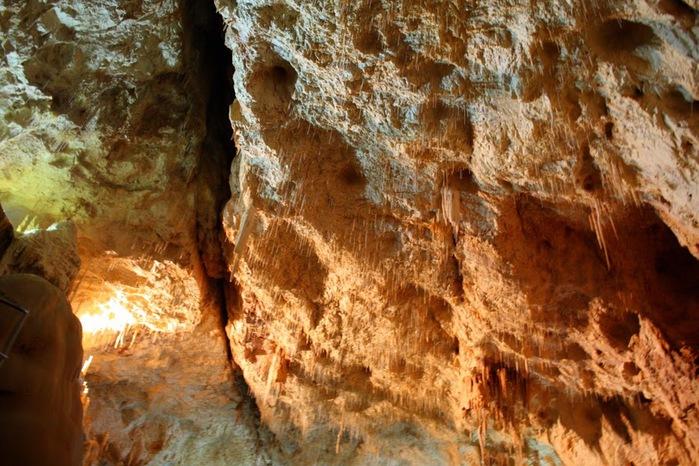 Медведь Пещера в селе Chiscau - Румыния - Bears' Cave, Chiscau, Romania, 77215