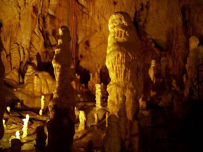 Медведь Пещера в селе Chiscau - Румыния - Bears' Cave, Chiscau, Romania, 35337