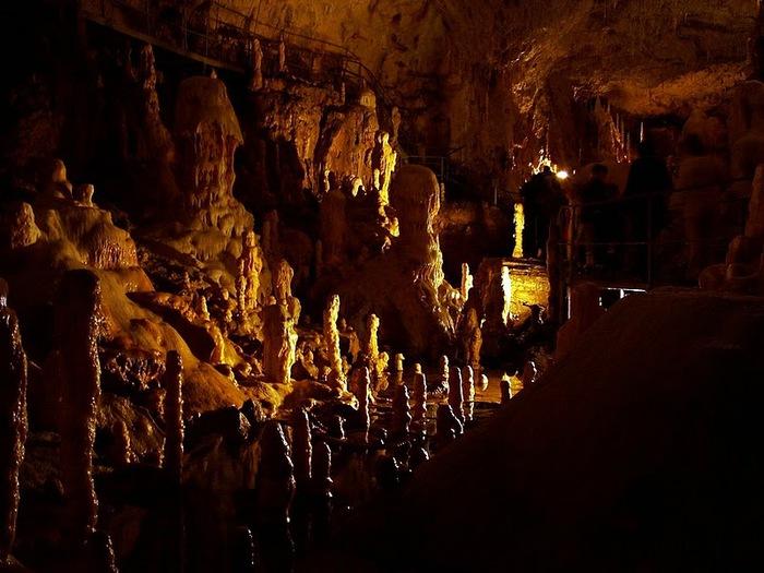Медведь Пещера в селе Chiscau - Румыния - Bears' Cave, Chiscau, Romania, 32627