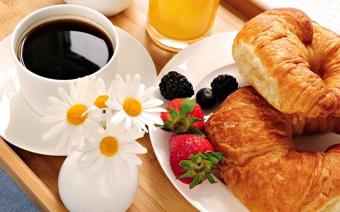 кофе с круассаном/4348076_4zavtrak1 (700x437, 319Kb)