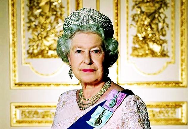 1222653729_The_Queen (632x434, 242Kb)