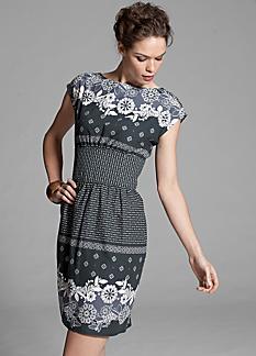 Модель платья купонная ткань