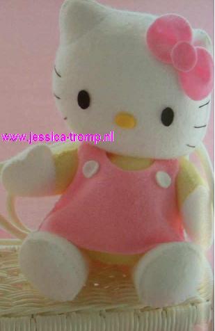 hello kitty doll 1 (309x476, 14Kb)