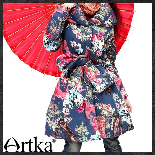 artka_stunning_belted_lapel_puff_quilted_coat_ma10322d_chinese_peony_05261568 (500x500, 203Kb)