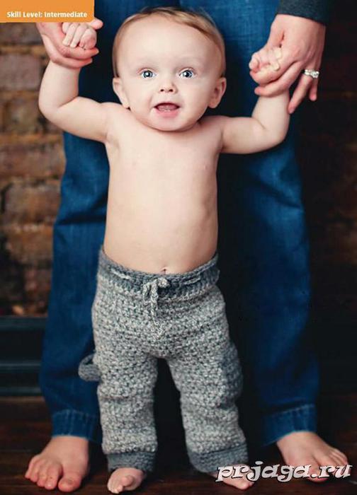 Детские штанишки крючком