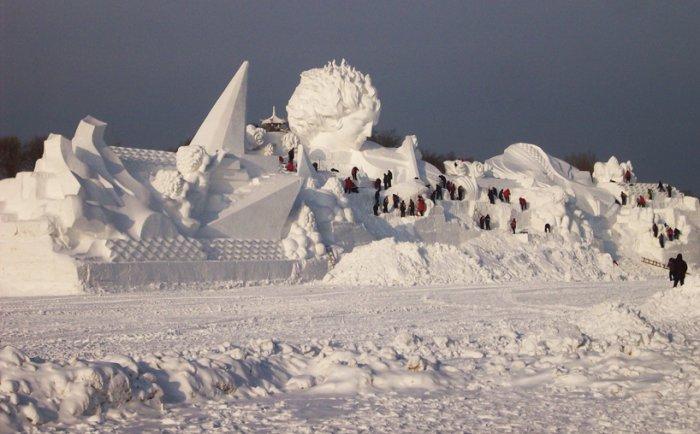 фестиваль ледяных скульптур харбина 21 (700x434, 219Kb)