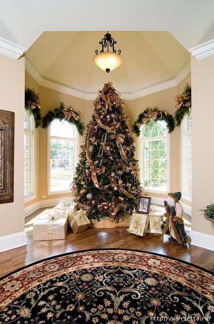 Самые красивые рождественские идеи. Елки в интерьере (8) (424x640, 248Kb)