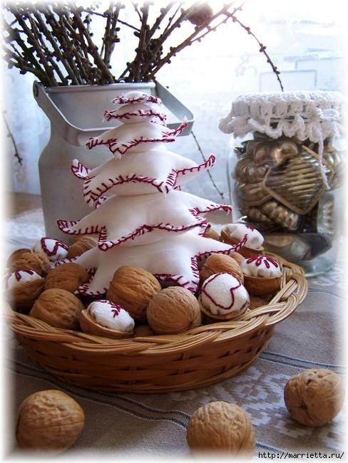 рождественский венок из грецких орехов (31) (488x650, 227Kb)