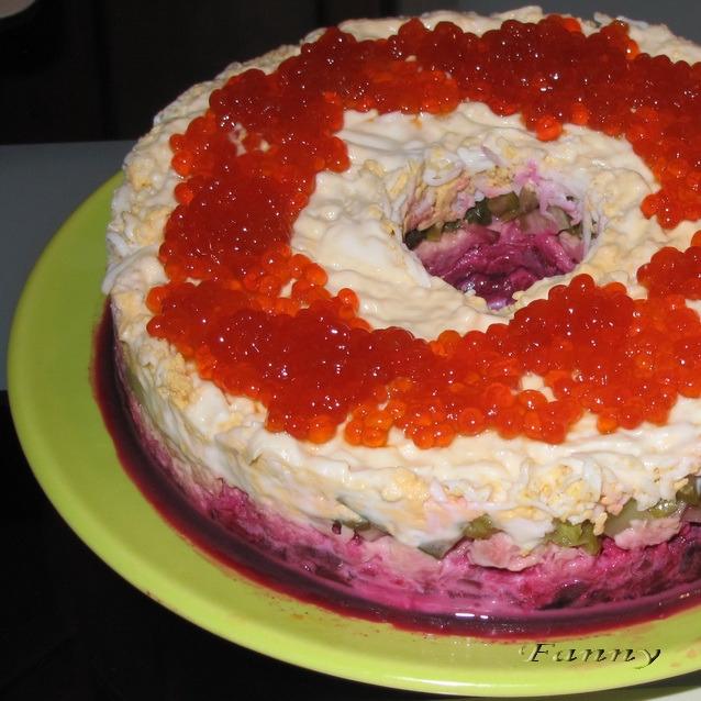 Праздничный салат КОРАЛЛОВЫЙ БРАСЛЕТ (638x638, 274Kb)