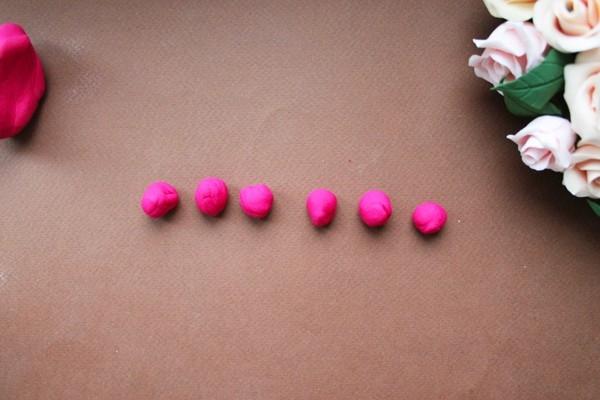 Розы из полимерной глины. СЕРДЦЕ ИЗ РОЗ (2) (600x400, 117Kb)