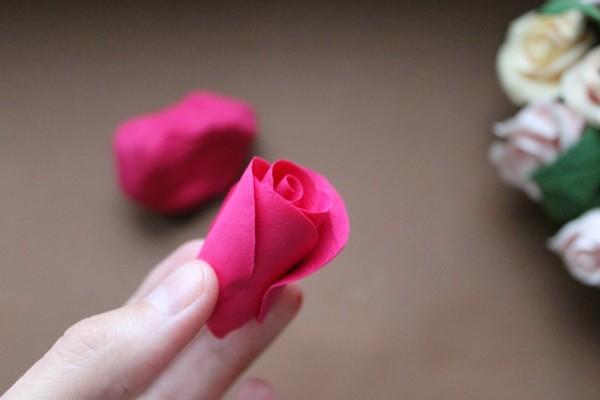 Розы из полимерной глины. СЕРДЦЕ ИЗ РОЗ (9) (600x400, 82Kb)