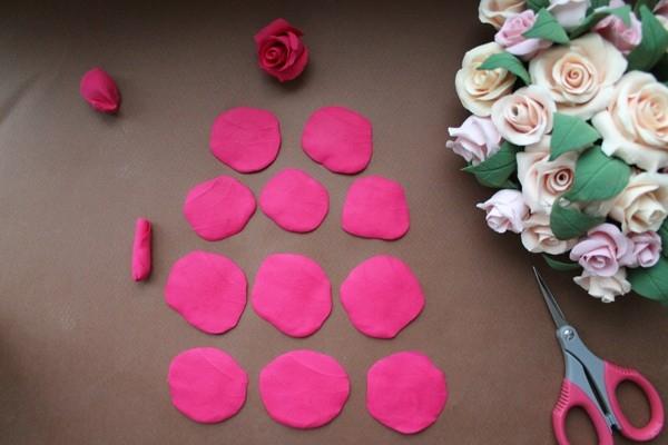 Розы из полимерной глины. СЕРДЦЕ ИЗ РОЗ (15) (600x400, 120Kb)