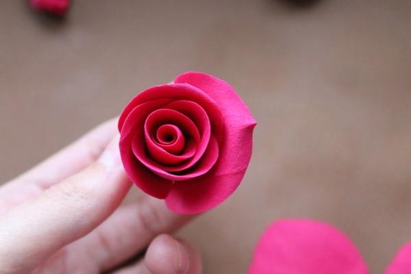 Розы из полимерной глины. СЕРДЦЕ ИЗ РОЗ (19) (600x400, 86Kb)