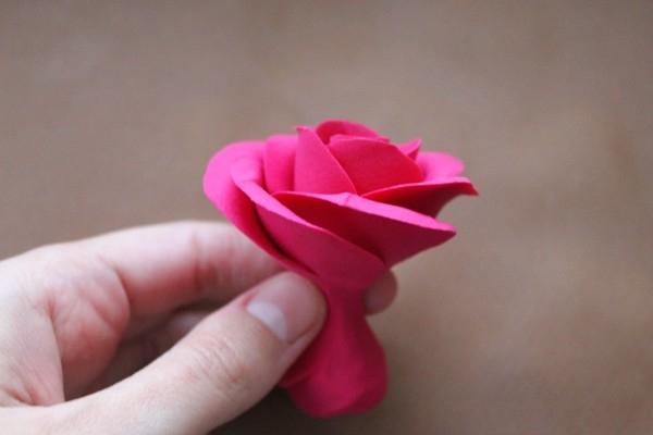 Розы из полимерной глины. СЕРДЦЕ ИЗ РОЗ (21) (600x400, 82Kb)