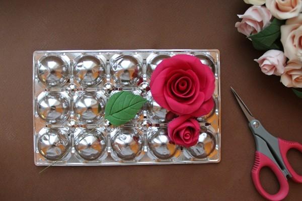 Розы из полимерной глины. СЕРДЦЕ ИЗ РОЗ (29) (600x400, 143Kb)