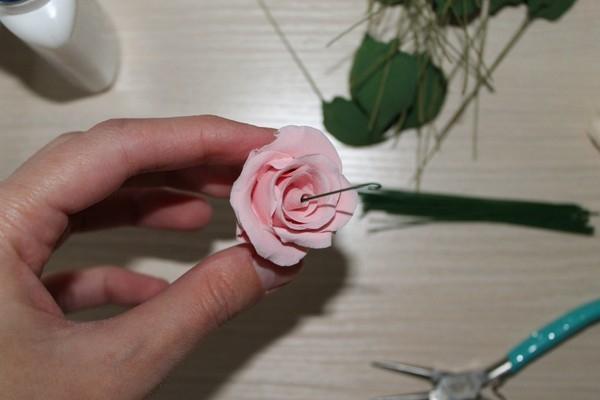 Розы из полимерной глины. СЕРДЦЕ ИЗ РОЗ (34) (600x400, 90Kb)