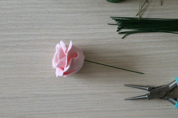 Розы из полимерной глины. СЕРДЦЕ ИЗ РОЗ (36) (600x400, 109Kb)