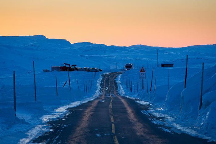 3578968_Sunset_drive_Hardangervidda_Foto_Konrad_Konieczny1 (700x468, 34Kb)