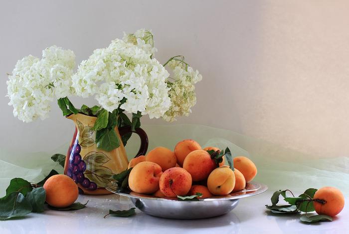 цветы и фрукты 2 (700x469, 443Kb)