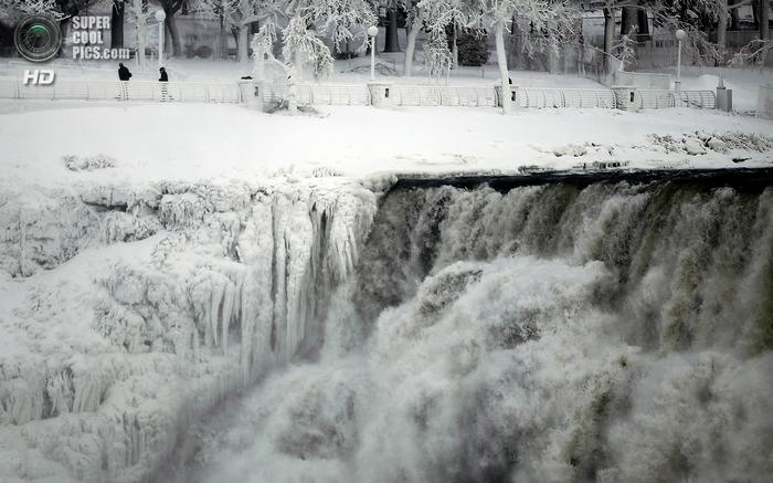 замерзший ниагарский водопад фото 7 (700x437, 240Kb)