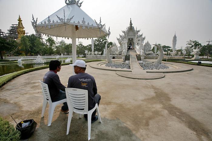 белый храм таиланд фото 5 (700x466, 353Kb)