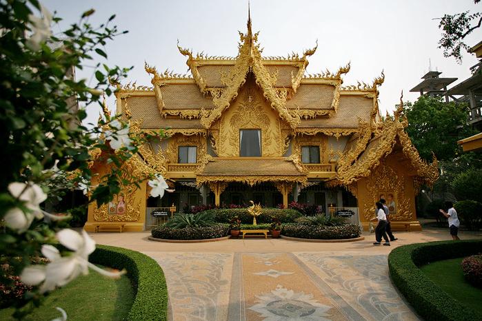 белый храм таиланд фото 16 (700x466, 471Kb)