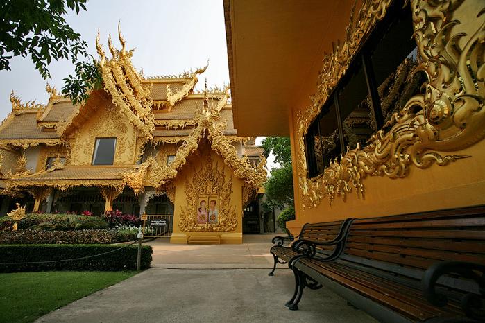 белый храм таиланд фото 17 (700x466, 479Kb)