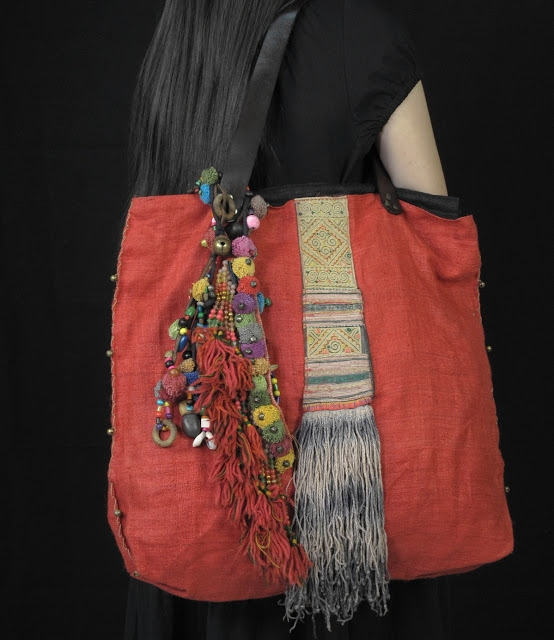 Red Hemp BoHo Bag Medium Size Decorate Vintage Hill Tribe Fabric 3 (554x640, 185Kb)