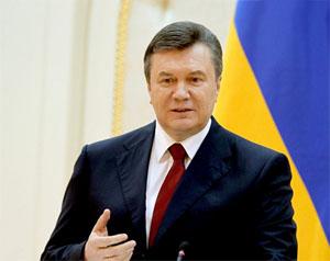 Янукович17 (300x238, 30Kb)