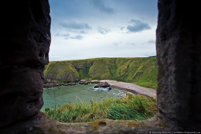 шотландский замок данноттар 12 (700x466, 187Kb)
