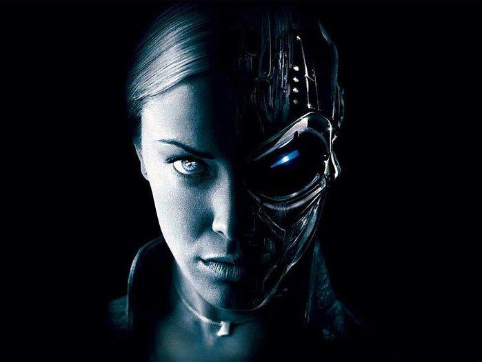 Женщина робот (700x525, 36Kb)