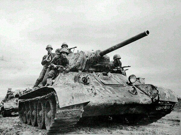 Т-34 (600x446, 68Kb)