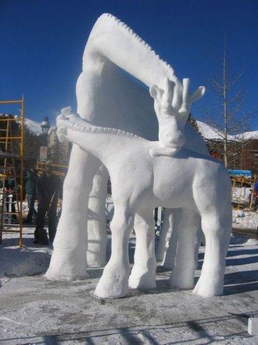 5148447_1291795845_1291761034_amazing_snow_sculptures_50 (374x500, 35Kb)