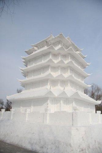 5148447_1291795910_1291761041_amazing_snow_sculptures_09 (333x500, 19Kb)