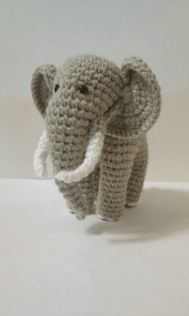 Вязать крючком слон