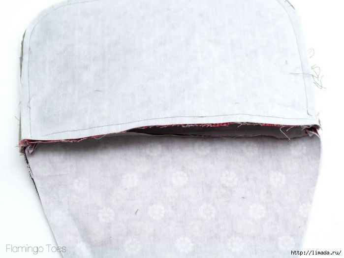 sewing-top-of-clutch-750x562 (700x524, 174Kb)