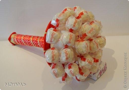 Букет из конфет из рафаэлло своими руками