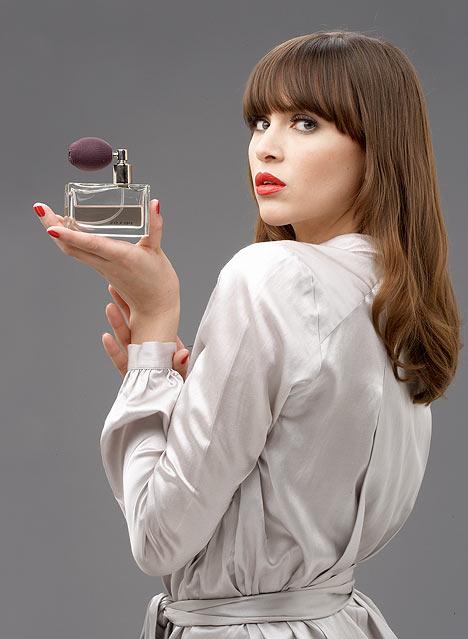 1868538_perfumeDM3003_468x639 (468x639, 41Kb)