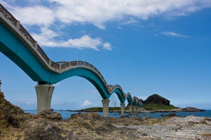 драконий мост тайвань 2 (700x466, 158Kb)