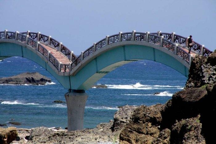 драконий мост тайвань 4 (700x466, 179Kb)